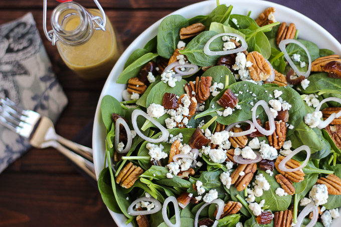 Spinach Salad with Tangy Red Wine Vinaigrette // Fork in the Kitchen