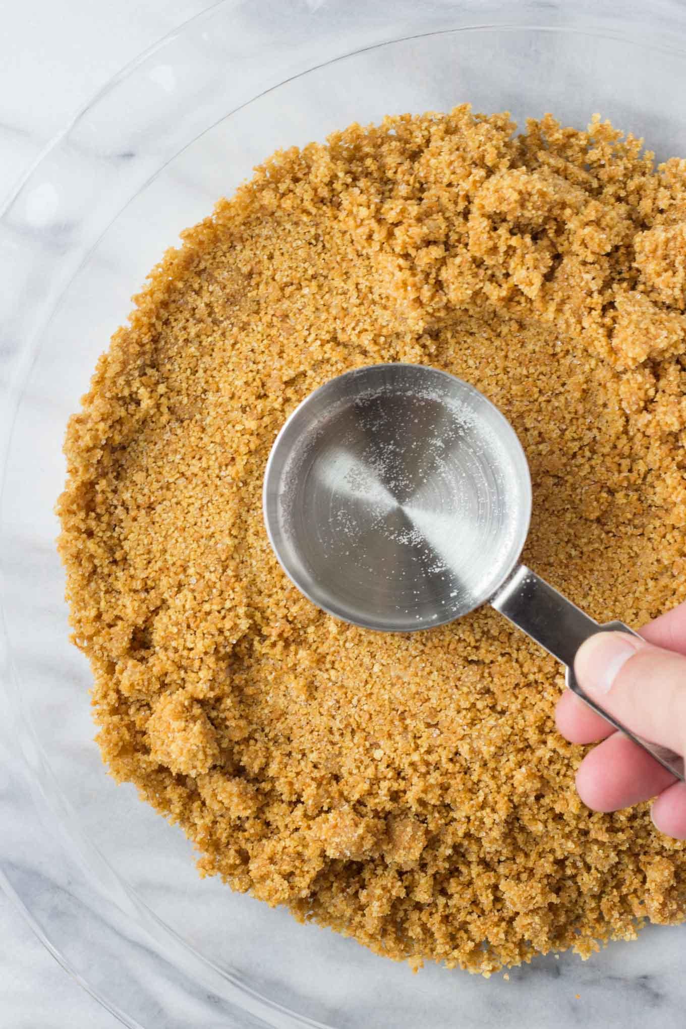 Graham Cracker Crust - Fork in the Kitchen