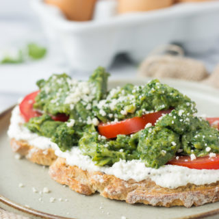Spinach Eggs and Ricotta Toast - a quick, healthy, delicious breakfast! | Fork in the Kitchen